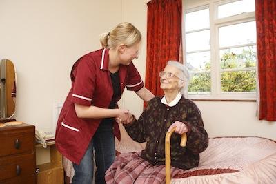 Alzheimer : le « finger-food » se développe pour aider les malades